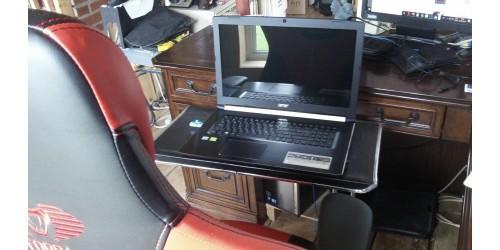 LIBERTÉ 1 GL (groupe de luxe) station de jeux et bureau mobile ergonomique pour ordinateur portable clavier et souris sans fil